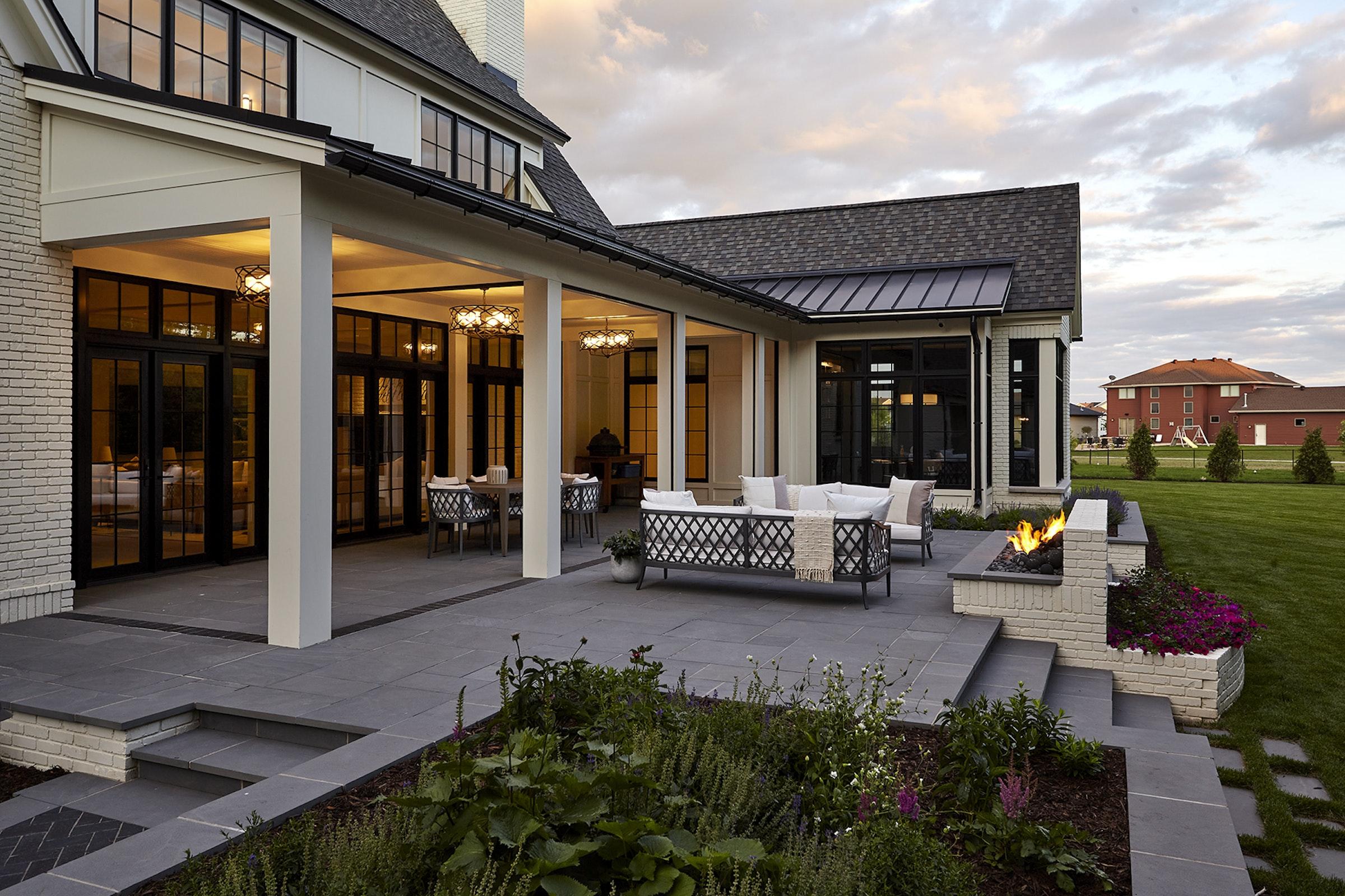 Riverside Residence 14