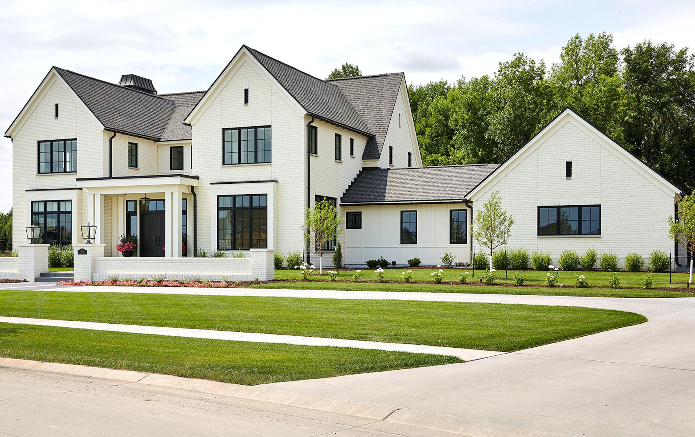 Riverside Residence13