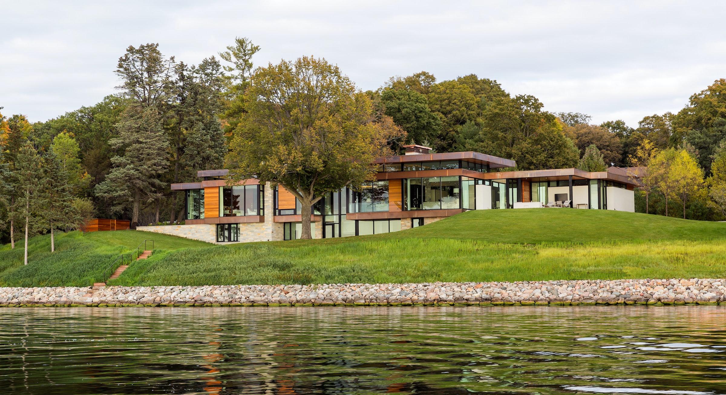 Shoreline Residence 12