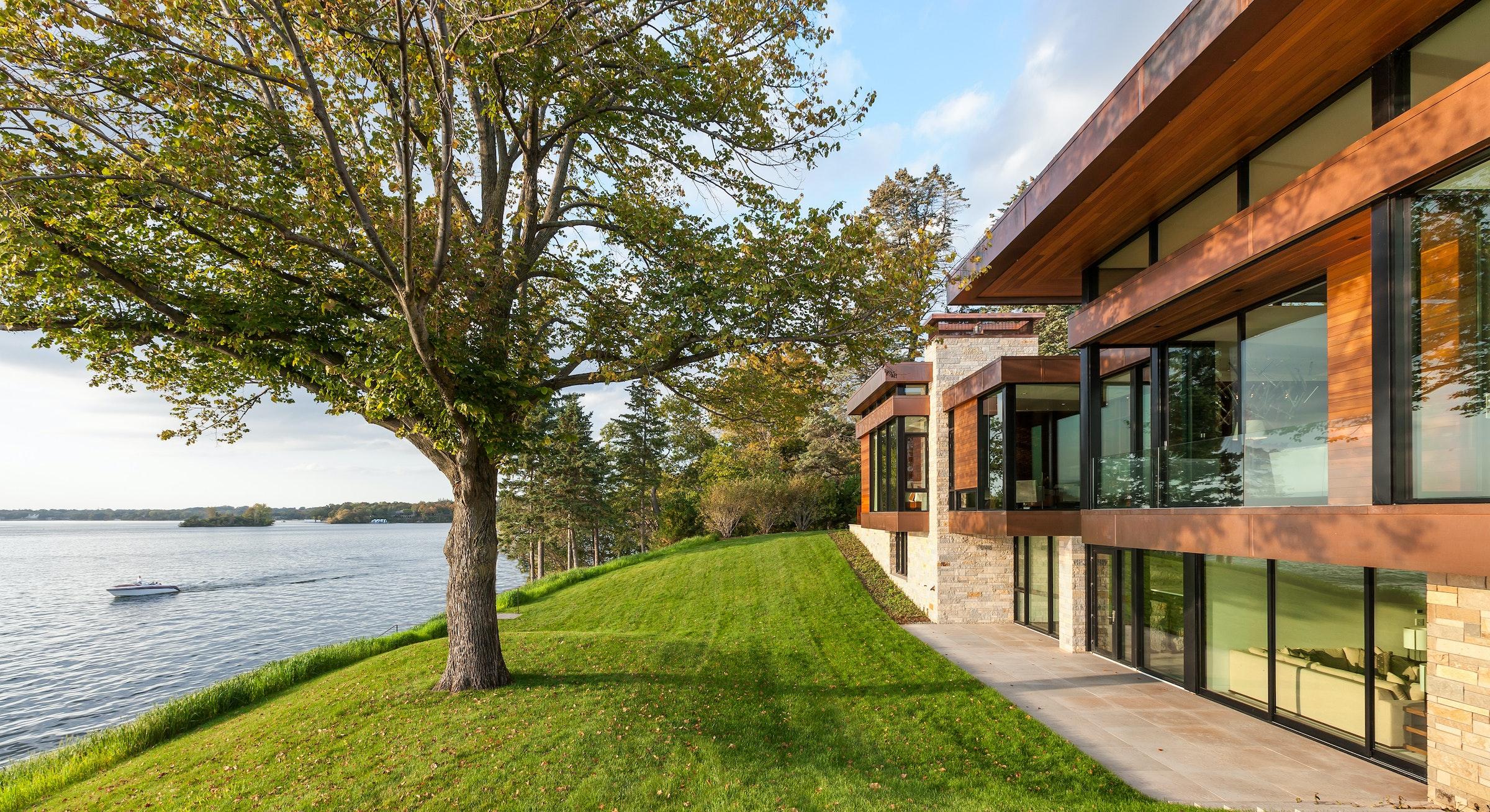 Shoreline Residence9